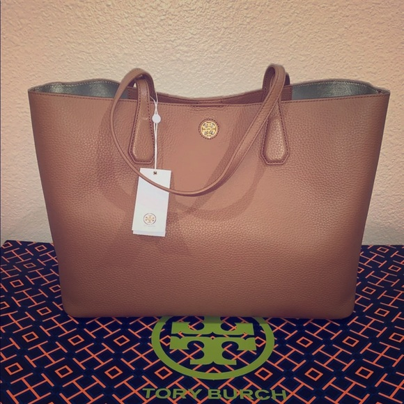 617add6d6c6c Tory Burch Brody Tote